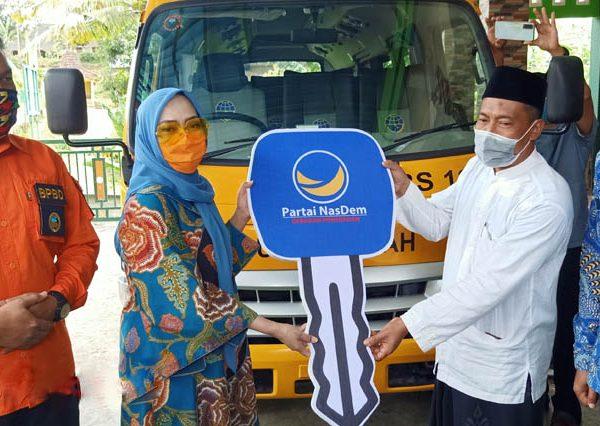 Yayasan Al-Muttaqin Syarif mendapat Bantuan Bus Sekolah